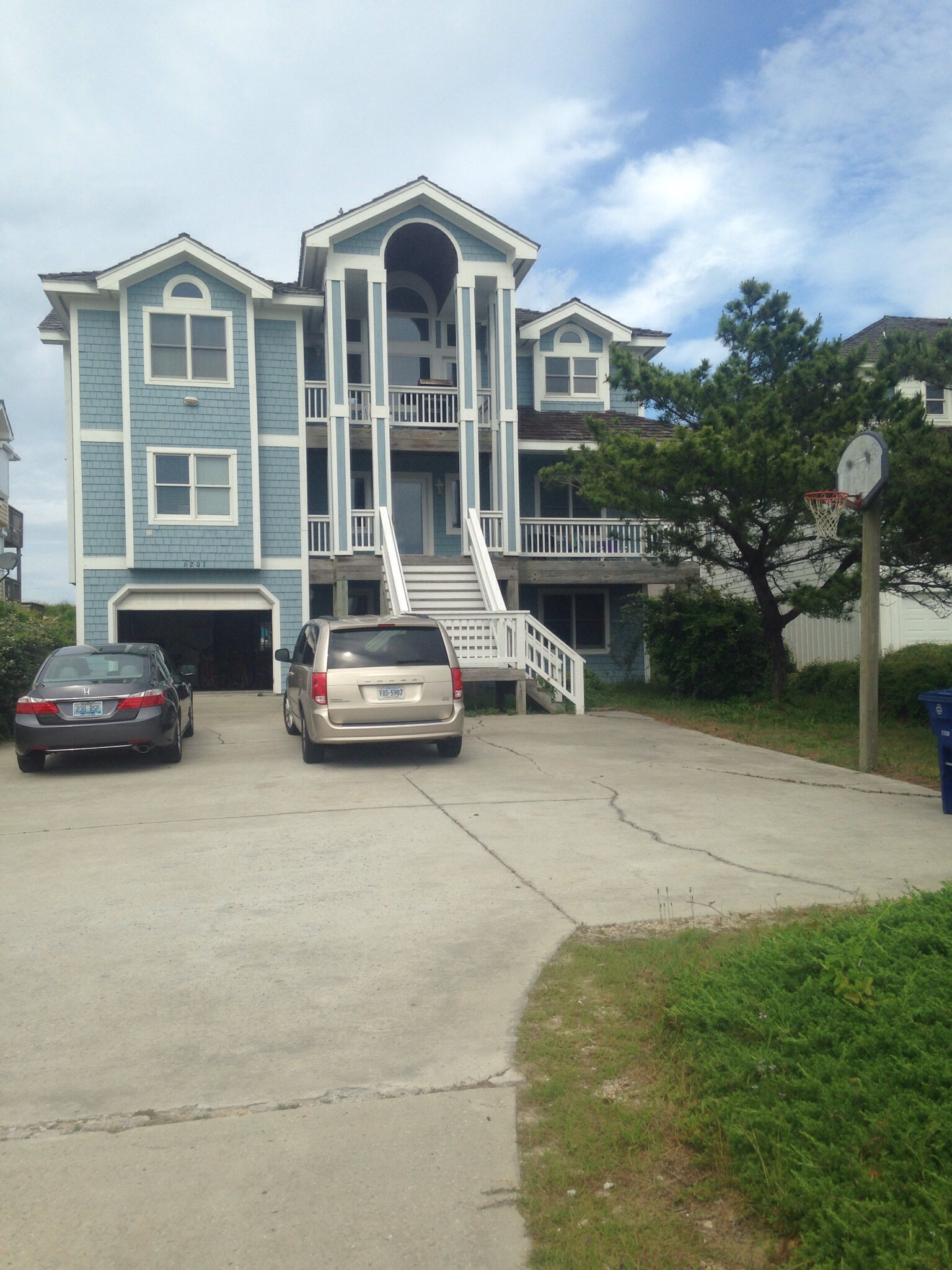 May 2016 Stay - BH1S - Beach Haven 1 South, Carolyn Gallatin