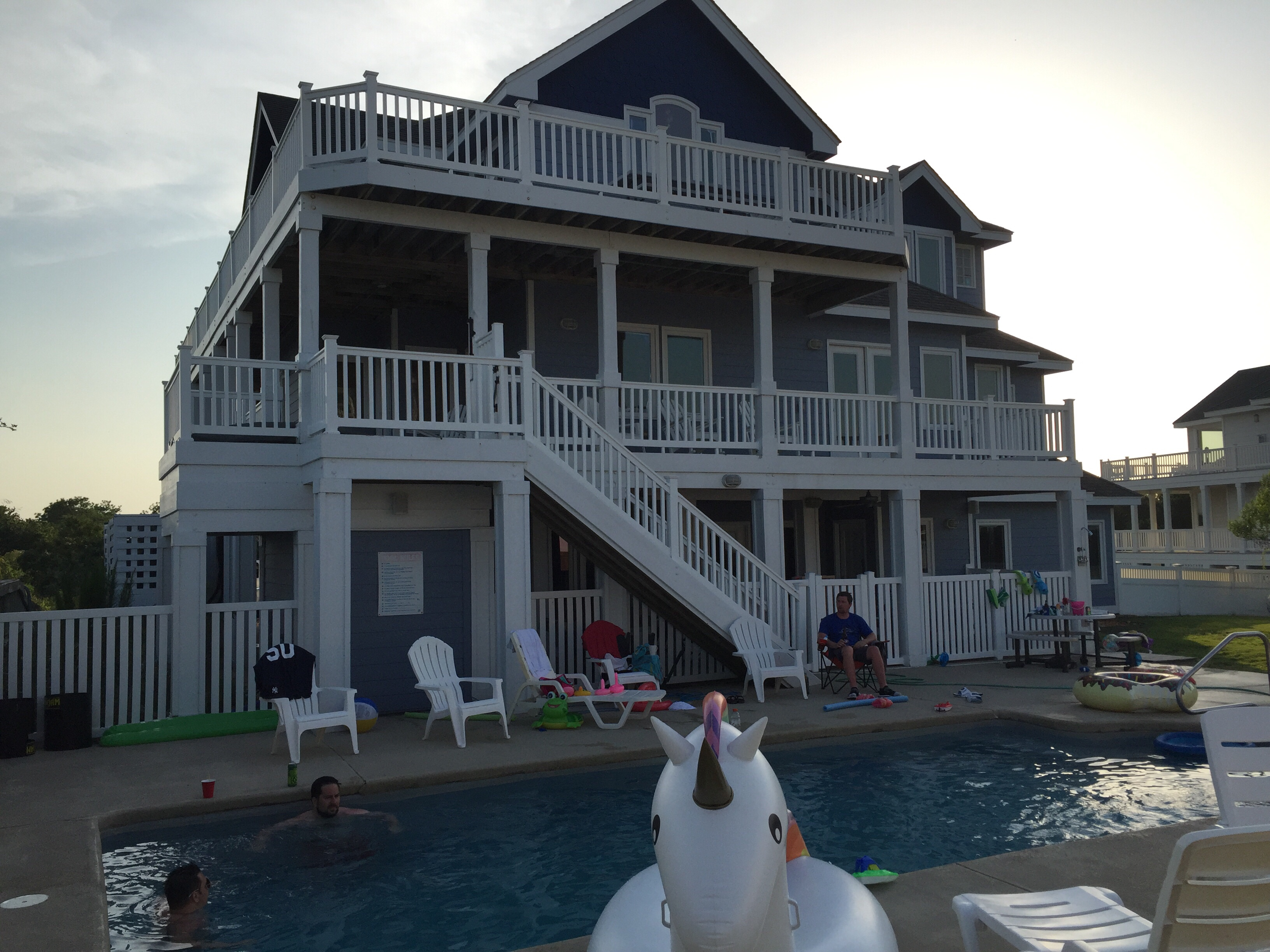 July 2016 Stay - CC230 - A Shore Thing, Russell Burgstahler